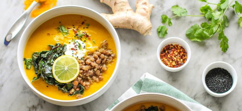 curcuma e zenzero zuppa di legumi